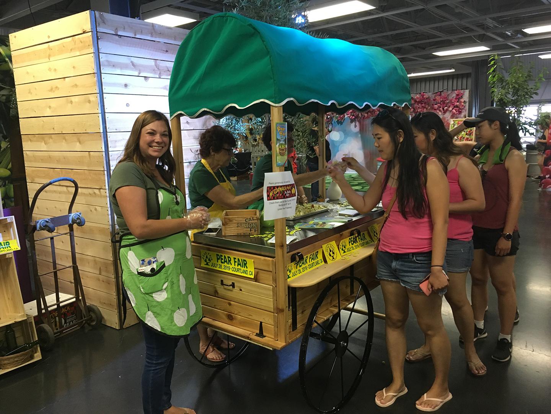 CA Fruit Cart, Pear Sampling by the Pear Fair