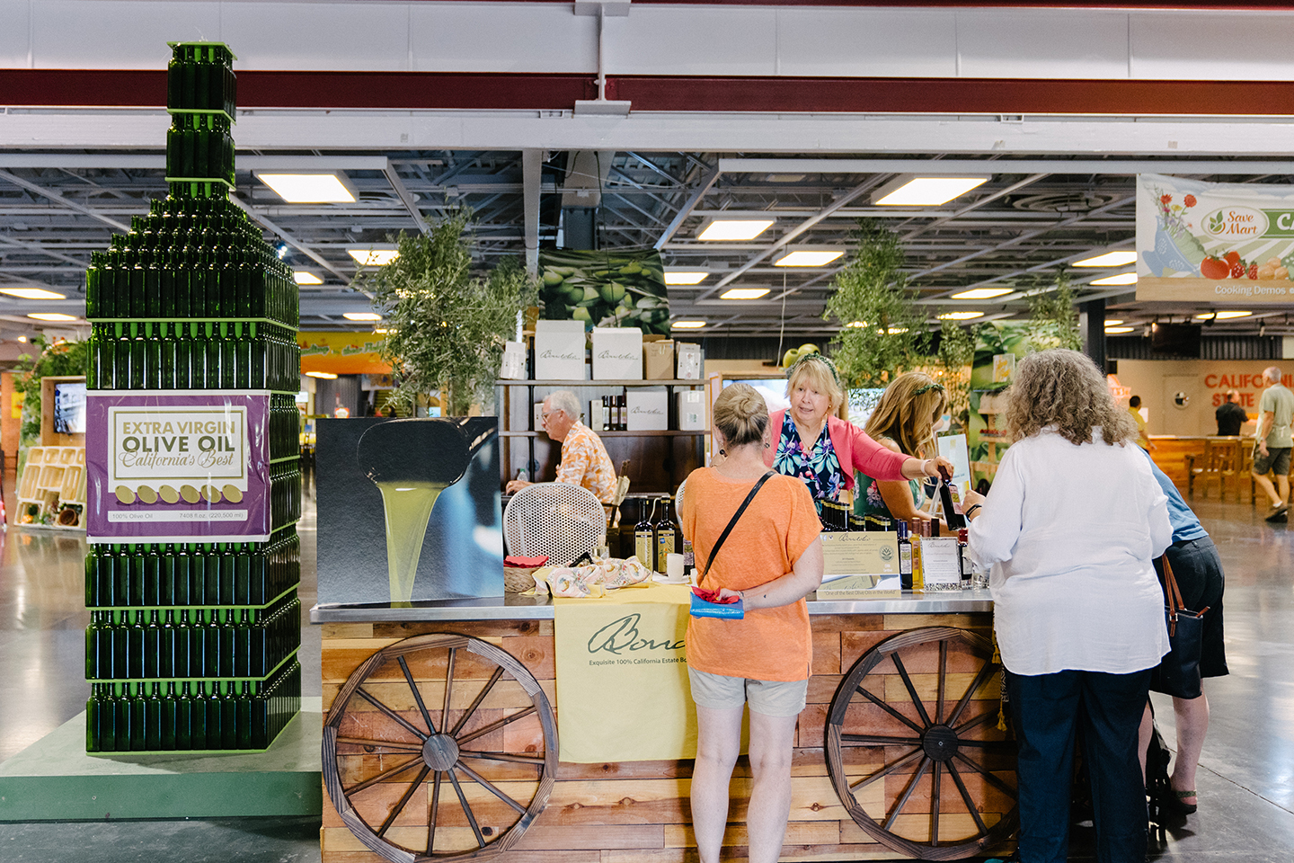 CA Olive Oil Sampling & Sales Booth, Best of Show Winners, Bondolio Olive Oil