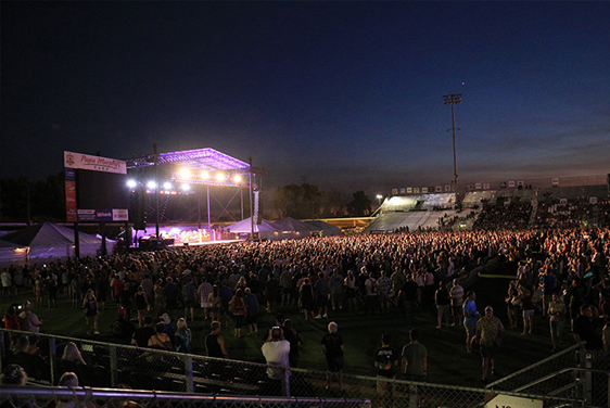 Field of people at ZZ Top at Papa Murphys Park