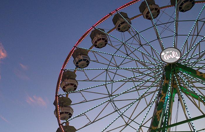 Ferris wheel revealing the gender of someone's baby